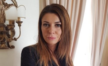 Matilde, bullizzata in nome di Berlusconi