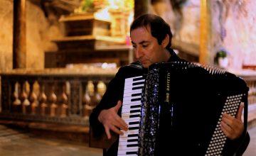 Ruggiero, maestro di tastiera e melodia