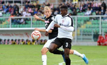 Il Palermo annaspa: 0-0 con l'ultima