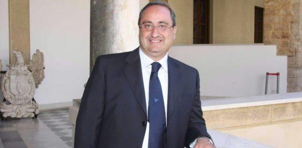 Altra bufera su Palazzo d'Orleans: Mineo si dimette