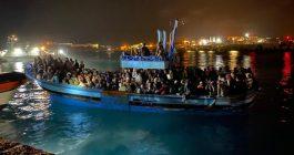 Il vento frena gli sbarchi, Lampedusa è sola